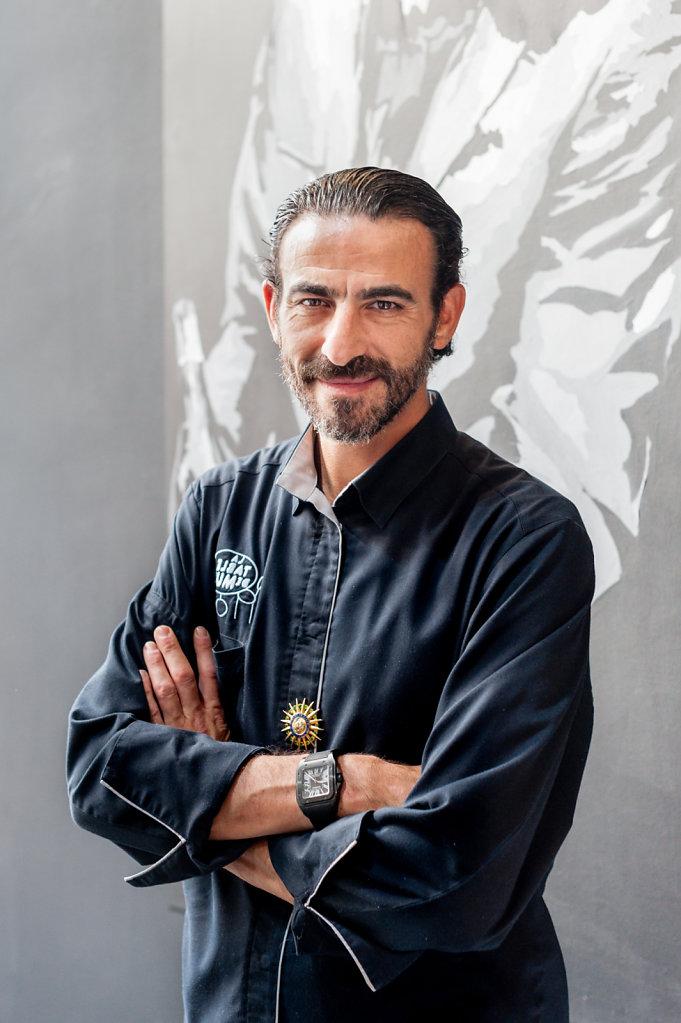 Maitre d'Hotel Mustafa Duran / Mus Restaurant / Belgium